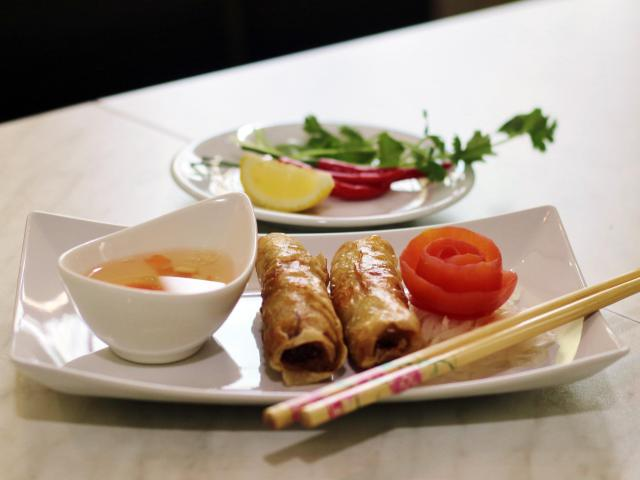 2. Fried spring rolls (2pcs)