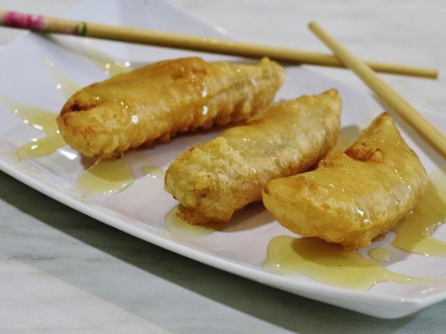 99. Fried banana with honey