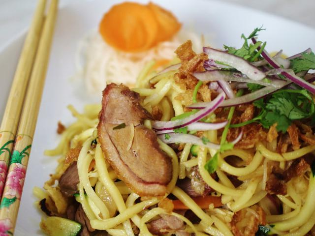 21. Fried noodles with duck