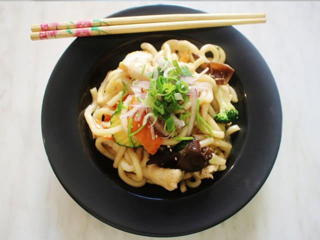 32. Udon with chicken