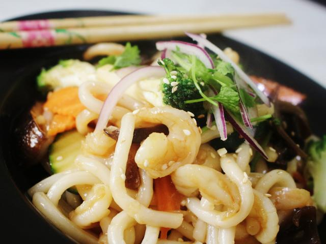 34. Udon with shrimp