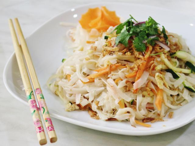 44. Fried rice noodles Pho with vegetables